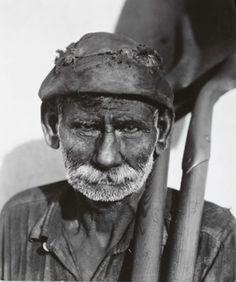 Coal Dock Worker Cuba (1933)