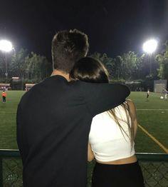 °ʟᴀ ᴀᴍɪsᴛᴀᴅ ᴇs ᴛᴀɴ sᴏʟᴏ ᴜɴᴀ ᴍᴀɴᴇʀᴀ ᴅᴇ ᴄᴏᴍᴇɴᴢᴀʀ ʟᴏ ǫᴜᴇ ᴘᴏᴅʀíᴀ sᴇʀ ᴇʟ ᴠ… # Fanfic # amreading # books # wattpad Cute Couples Photos, Cute Couple Pictures, Cute Couples Goals, Romantic Couples, Couple Photos, Couple Tumblr, Tumblr Couples, Couple Goals Relationships, Relationship Goals Pictures