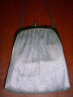 Vintage Silver Metalic Handbag Purse Kisslock Snap Silver Double Chain…