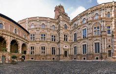 Hôtel d'Assézat ~ Toulouse ~ France