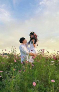 Couple pics flower theme What picture is your fav? 1 2 3 or 4 ? Beautiful Love, Beautiful Couple, Cute Love, Couple Goals Cuddling, Joelle, Couple Aesthetic, Korean Couple, Ulzzang Couple, Pre Wedding Photoshoot