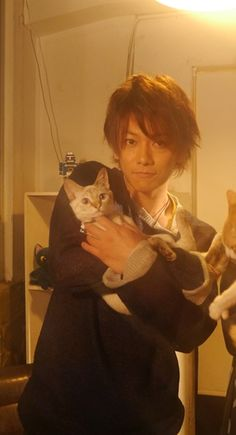 Takeru with neko <3