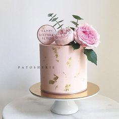 Savory magic cake with roasted peppers and tandoori - Clean Eating Snacks Pretty Cakes, Beautiful Cakes, Amazing Cakes, 40th Birthday Cakes, Birthday Cakes For Women, Birthday Ideas, Drip Cakes, Cake Inspiration, Nake Cake