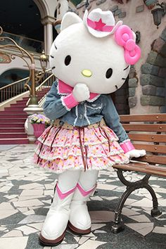 hello kitty cowgirl, how cute?!