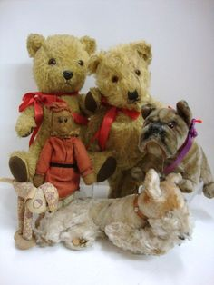 Vintage Teddy Bears  & Animals