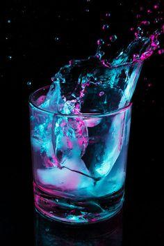 Purle splash (still life,art photography,glass,purple,blue,drink,ice cubes,beautiful)