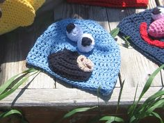 Girl in Air BLOG: How to Crochet Sesame Street Hats