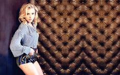 HD wallpaper: Chloe Grace Moretz, women's blue and white long sleeve shirt Julianne Moore, Chloe Grace Moretz, Tim Burton, Johnny Depp, Hit Girls, Carrie, Beautiful Green Eyes, Beautiful Women, Hollywood