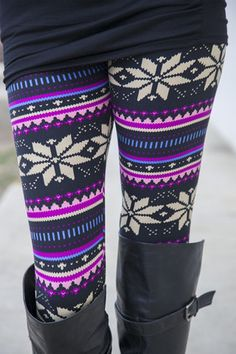 Purple Nordic Winter Leggings- comfortable Thanksgiving look
