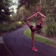 Yoga :: Poses + Workouts :: Mind Body Spirit :: Free your Wild :: See more Untamed Yogi Inspiration Fitness Inspiration, Body Inspiration, Fitness Goals, Yoga Fitness, Health Fitness, Health Yoga, Zumba, Sport Food, Corps Parfait