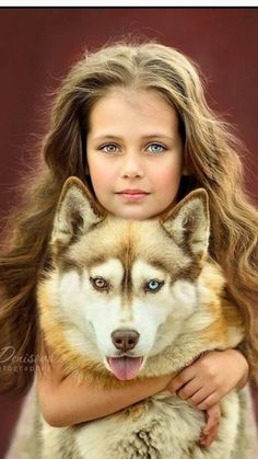 A young girl Loves her husky Shiloh.💜❤💜 A young girl Loves her husky Shiloh. Animals For Kids, Animals And Pets, Baby Animals, Funny Animals, Cute Animals, Animal Pictures, Cute Pictures, Beautiful Pictures, Children Photography
