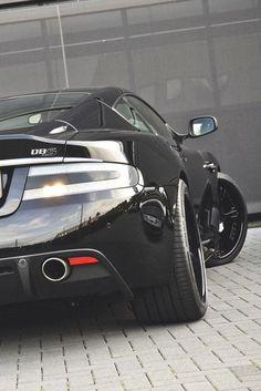 Aston Martin. / TechNews24h.com