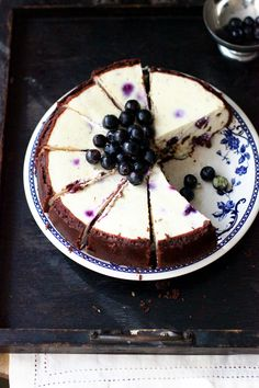 Blueberry and chocolate chips cheesecake