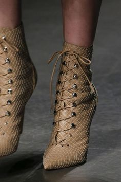 28 Shoes Trends You Should Already Own #boots #shoes #lace #altuzarra
