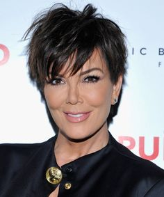Kris Jenner Hair Looks - StyleBistro Cabelo Kris Jenner, Chris Jenner Haircut, Haircut Pictures, Mom Hairstyles, Kris Jenner Hairstyles, Pixie Haircut, Haircut Short, Great Hair, Fine Hair