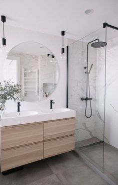 Small Bathroom Renovations 566609196872344285 - Salle de bain carrelage douche marbre 24 Source by linasor Modern Bathroom Design, Bathroom Interior Design, Bathroom Designs, Contemporary Bathrooms, Bath Design, Tile Design, Design Design, Modern Contemporary, Interior Decorating