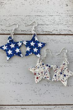 Fourth of July Leather Star Earrings, glitter stars, patriotic earrings. Denim Earrings, Diy Leather Earrings, Leather Jewelry, Earrings Handmade, Beaded Jewelry, Unique Jewelry, Star Earrings, Diy Leather Gifts, Leather Crafts