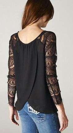 Lace sleeves:
