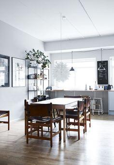dining table 'C44' from Hay | relaunch of Jørgen Bækmarks original FDB design