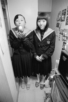 梅佳代展 UMEKAYO[展覧会について]|東京オペラシティアートギャラリー