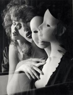 Photo by Wladyslaw Pawelec Figure Photography, Nude Photography, Black And White Photography, Doll Parts, Weird Pictures, Surreal Art, Mannequins, Online Art, Light In The Dark