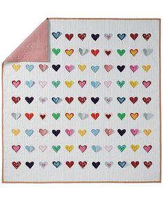 Reversible Hearts Aflutter Quilt from #HannaAndersson.