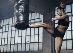 #Fight like a girl! #Kickboxing  www.titleboxingclub.com
