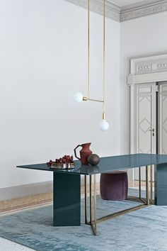 Explore Art furniture pieces that will inspire you to think outside your comfort zone. Some of the most beautiful colors, shapes, and concepts imaginable that shape contemporary furniture Art Furniture, Italian Furniture, Contemporary Furniture, Furniture Design, Luxury Interior, Modern Interior Design, Interior Architecture, Casa Milano, Esstisch Design