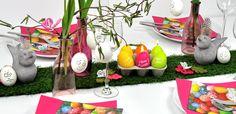Pfiffige Tischdekoration mit Grastischband zu Ostern bei Tischdeko-Shop.de Gras, Band, Funny Faces, Paper Design, Joy, Table Decorations, Easter Activities, Decorating, Dekoration