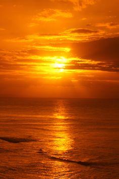 . . . sunrise at the Diamond Head Look Out . . . Honolulu, Hawaii.  7:23am Pacific Time