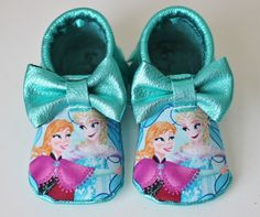 Frozen Elsa Anna Disney bow moccs baby toddler moccasins clothes shoes baby shower ideas baby food maternity baby girl announcement milestones breastfeeding 1st birthday first birthday