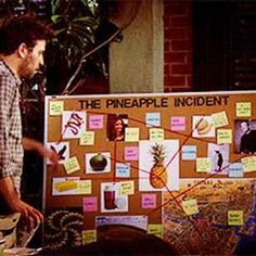 """There Is FINALLY An Answer To The """"HIMYM"""" Pineapple Mystery"""