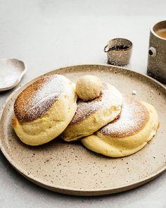 Fluffy Japanese Pancakes: Soufflé Pancake – My Kitchen A Food, Food And Drink, Japanese Pancake, Japanese Fluffy Pancakes, Souffle Pancakes, Keto Pancakes, Snacks Sains, Savoury Cake, Everyday Food