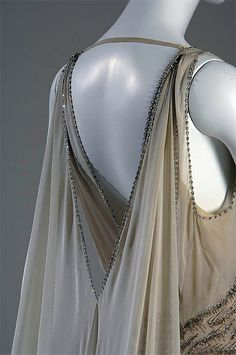 Beautiful Evening Dress, detail, by Madeleine Vionnet for Mrs. Potter Palmer II, 1938, Chicago History Museum.