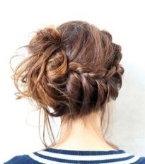 messy side braided bun