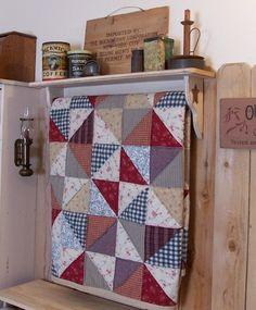 Primitive Quilt Shelf Rack Handmade Shabby Chic Antique White Wooden Wall Shelf…