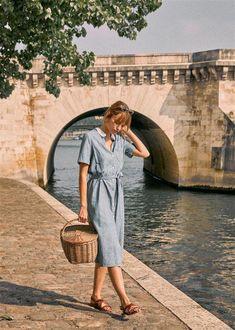 Haljine kratkih rukava u 30 divnih modela za proljeće i ljeto Summer Dress Outfits, Modest Outfits, Modest Fashion, Chic Outfits, Girl Fashion, Fashion Outfits, Modest Dresses For Women, Modest Clothing, Parisienne Style