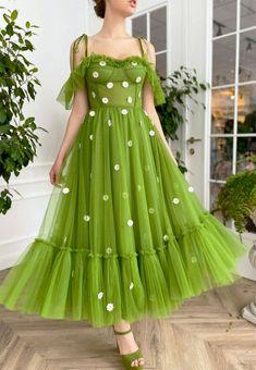 Daisy Dress, Tulle Dress, Princess Flower Girl Dresses, Pretty Dresses, Beautiful Dresses, Fantasy Gowns, Fairytale Dress, Dream Dress, Homecoming Dresses
