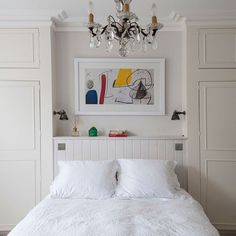 100 stylish bedroom closet design ideas (with pictures) Small Bedroom Wardrobe, Bedroom Built Ins, Small Master Bedroom, Bedroom Closet Design, Master Bedroom Makeover, Closet Designs, Bedroom Storage, Home Bedroom, Wardrobes For Small Bedrooms