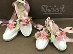 Dress Up Shoes, Shoes Heels, Ballet Fashion, Fashion Shoes, Eid Dresses, Decorated Shoes, Bohemian Bride, Shoe Art, Bridal Lace