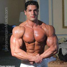 www.latinamerican-muscle.com. Culturista argentino Franco Dominguez.