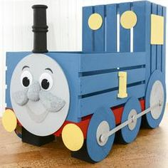 Thomas the Train Storage Crate Old Wooden Crates, Wooden Train, Wooden Diy, Diy Toy Box, Toy Boxes, Thomas The Train Toys, Thomas Birthday Parties, Baby Giveaways, Cardboard Box Crafts