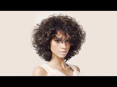25 Short Curly Hairstyles for Women: Best Curly Haircuts - Neueste Frisuren Haar 2018 - Best Curly Haircuts, Short Curly Hairstyles For Women, Curly Hair Styles, Curly Hair Cuts, Curly Bob Hairstyles, Wavy Hair, Medium Hair Styles, Hairstyles 2018, Bob Haircuts