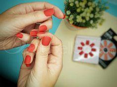 Uñas postizas de Primark para lucir una buena manicura en ocasiones especiales #manicura #uñas #uñaspostizas Primark, Flaws, Glue On Nails, Nails