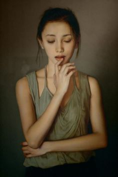 Li Gui Jun (李貴君), b. 1964, Beijing, China {figurative realism art asian female standing woman painting #loveart}