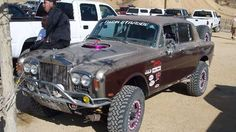 I tohle je tuning: Rolls-Royce Silver Shadow jako offroad Rolls Royce 4x4, Bentley Rolls Royce, Rolls Royce Motor Cars, Rolls Royce Silver Shadow, Monster Car, Good Drive, Only In America, Trophy Truck, Bug Out Vehicle