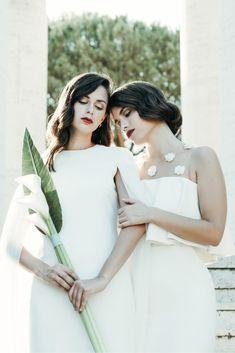 Sleek and Sexy Modern Wedding Inspiration in Emerald – Marcella Cistola 7 Wedding Scene, Wedding Day, Budget Wedding, Wedding Tips, Wedding Blog, Red Wedding, Wedding Images, Perfect Wedding, Wedding Ceremony