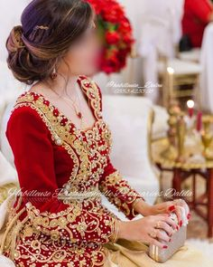 Traditional Looks, Traditional Dresses, Oriental Wedding, Hijab Fashion, Grand Jour, Prom Dresses, Gowns, Costumes, Clothes