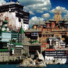 Άγιον Όρος- Mount Athos, Greece Halkidiki Greece, Paradise On Earth, Capital City, Roman Empire, Greek Islands, Beautiful Places, Explore, Cathedrals, Byzantine