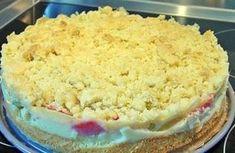 Das perfekte Allerbester Rhabarberkuchen♥-Rezept mit einfacher Schritt-für-Schritt-Anleitung: Den Rhabarber schälen, in kleine Stücke schneiden und…